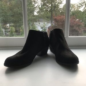 Women's Dr. School's black booties